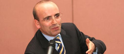 Bakan Şimşek TRT Şeş'e jüri oldu