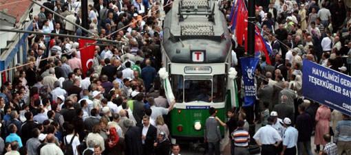 Bursa notsalji tramvayı ile buluştu