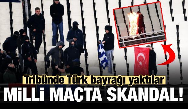 Tribünde Türk bayrağı yaktılar!