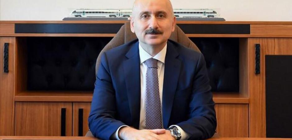Ulaştırma ve Altyapı Bakanı Karaismailoğlu'ndan İstanbul Havalimanı mesajı