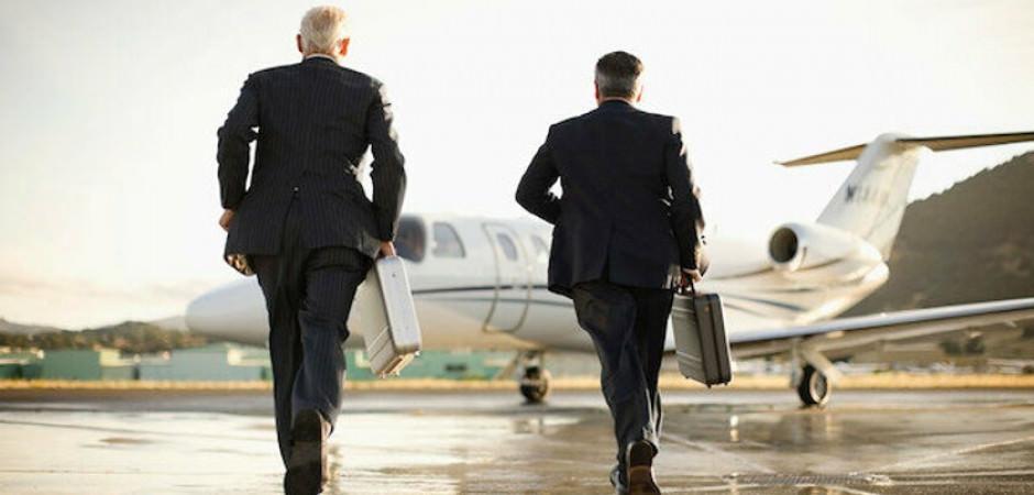Koronavirüs patladı, özel jetlerle ülkeden kaçmaya başladılar