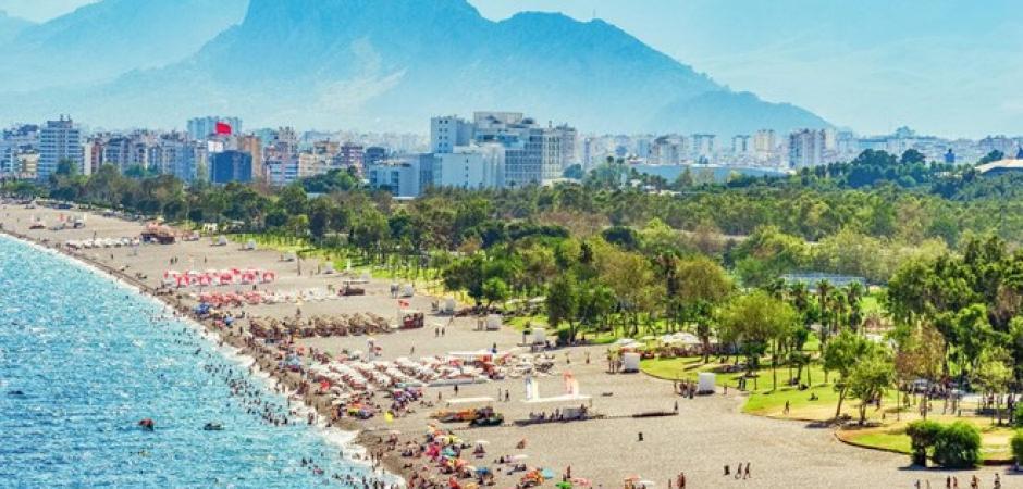 Türkiye turizm gelirlerinde 2 basamak yükseldi