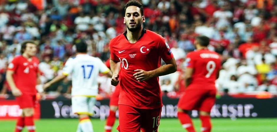 Hakan Çalhanoğlu'nun Galatasaray'a imza atacağı tarih duyurdular