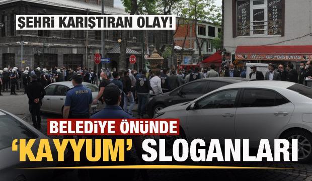 Kenti karıştıran ihale! Belediye önünde 'Kayyum kayyum' sloganları