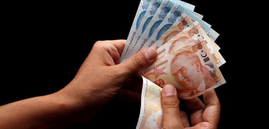 Sağlık çalışanları 31 Ağustos'a kadar ücret ödemeyecek