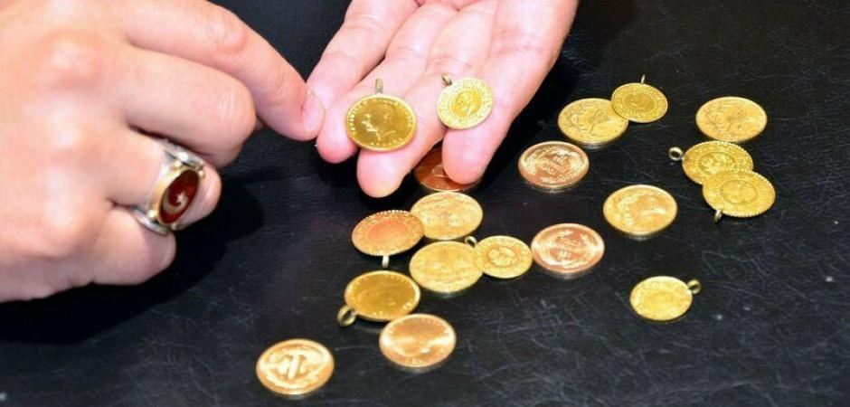 Altın fiyatlarında yükseliş baskısı artıyor! Uzmanlar uyardı: Sert hareket gelebilir