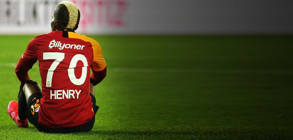 Galatasaray'dan resmi Onyekuru açıklaması!