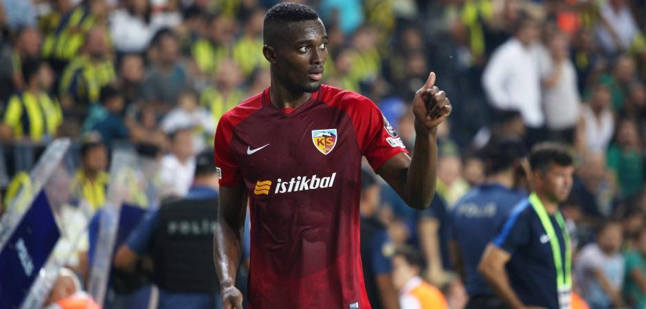 Mensah için transfer açıklaması! 'Beşiktaş ile görüştük'