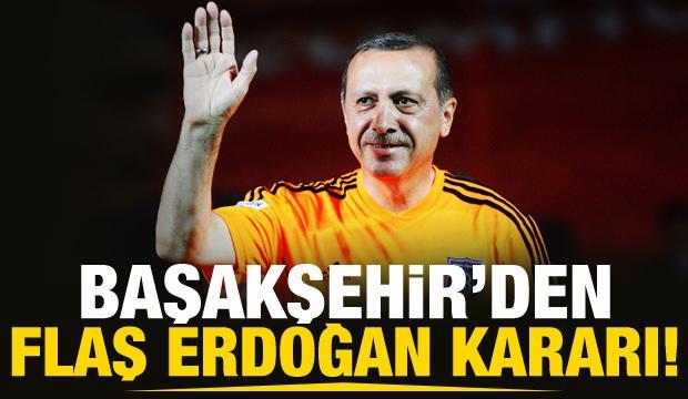 Şampiyon Başakşehir kupasını aldı!