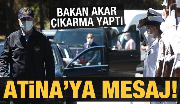 Son dakika: Bakan Akar'dan Yunanistan'a anlamlı mesaj: Donanma Komutanlığına gitti