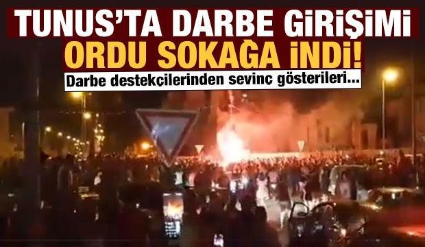 Tunus'ta darbe girişimi: Tunus ordusu sokağa indi: Alkışlarla karşılandı!