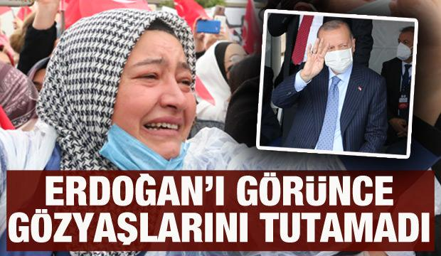 Cumhurbaşkanı Erdoğan'ı görünce gözyaşlarını tutamadı