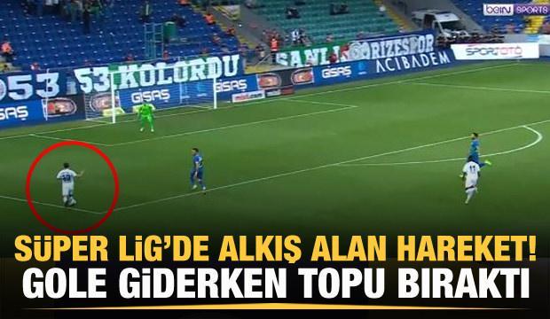 Erhan Çelenk gole giderken topu taca attı!