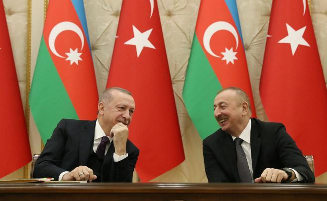 Cumhurbaşkanı Erdoğan Azerbaycan'da: İşgalden kurtarılan topraklarda İstiklal marşı