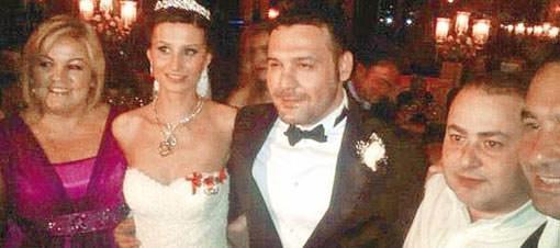 Şarkıcı Yaşar, Merve Oğuz ile evlendi