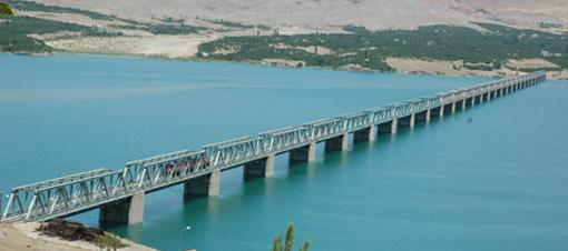 Malatya'nın iki katlı köprüsü beklemede