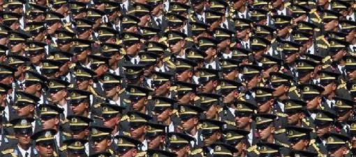 Askere sivil yargılama oy birliğiyle iptal!