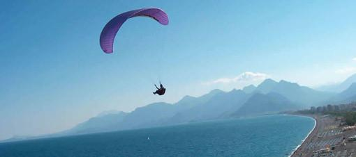 Yamaç Paraşütü'ne rüzgar engeli