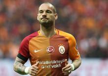 """""""Sneijder ve Cisse'yi ikna etmeye çalışıyoruz"""""""