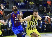 Fenerbahçe, Barcelona karşısında son saniyede yıkıldı!